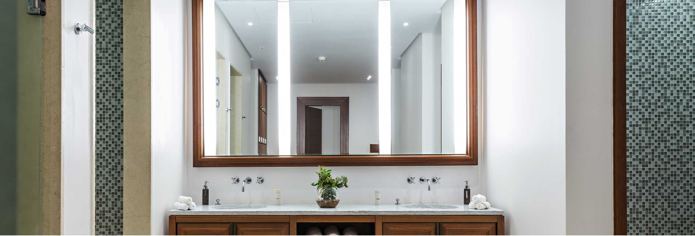 How To Install Mirrors The Right Way